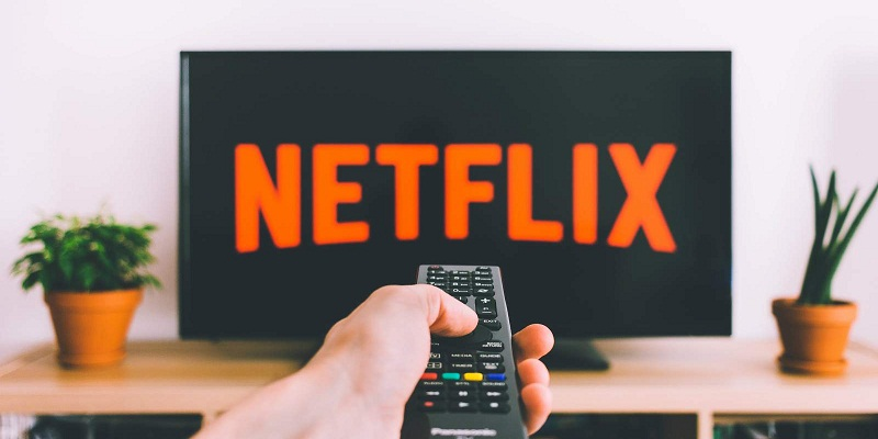 What Is Netflix And What Are Its Compatible Devices?